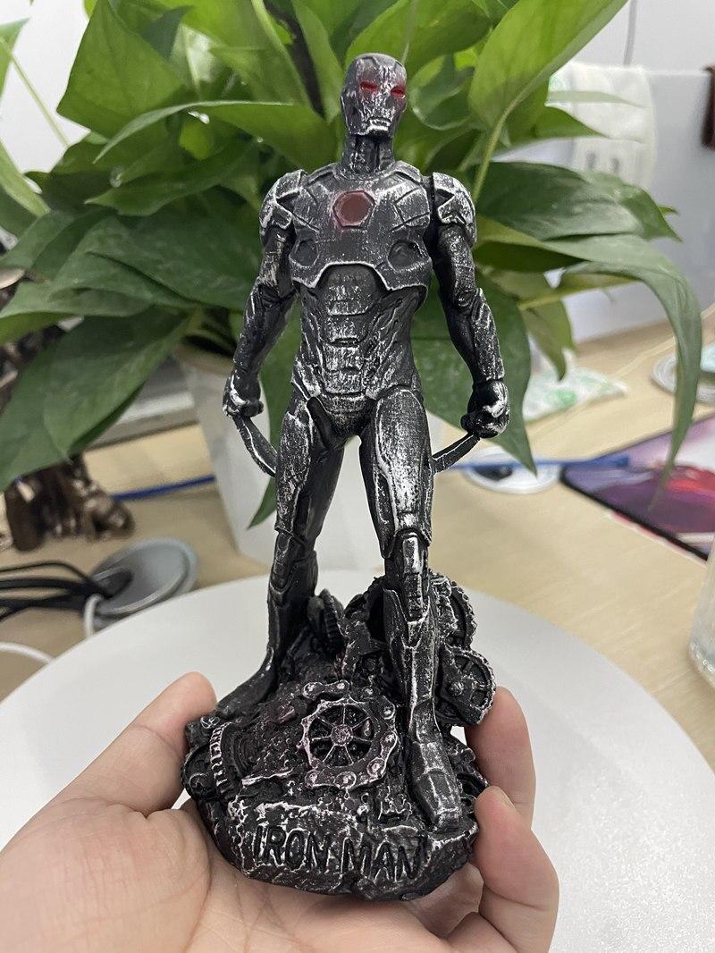 Статуэтка Персонаж Железный Человек Бэтмэн Логан Металлик - h9168181a450e4bedbe7c81820a1aebd2k