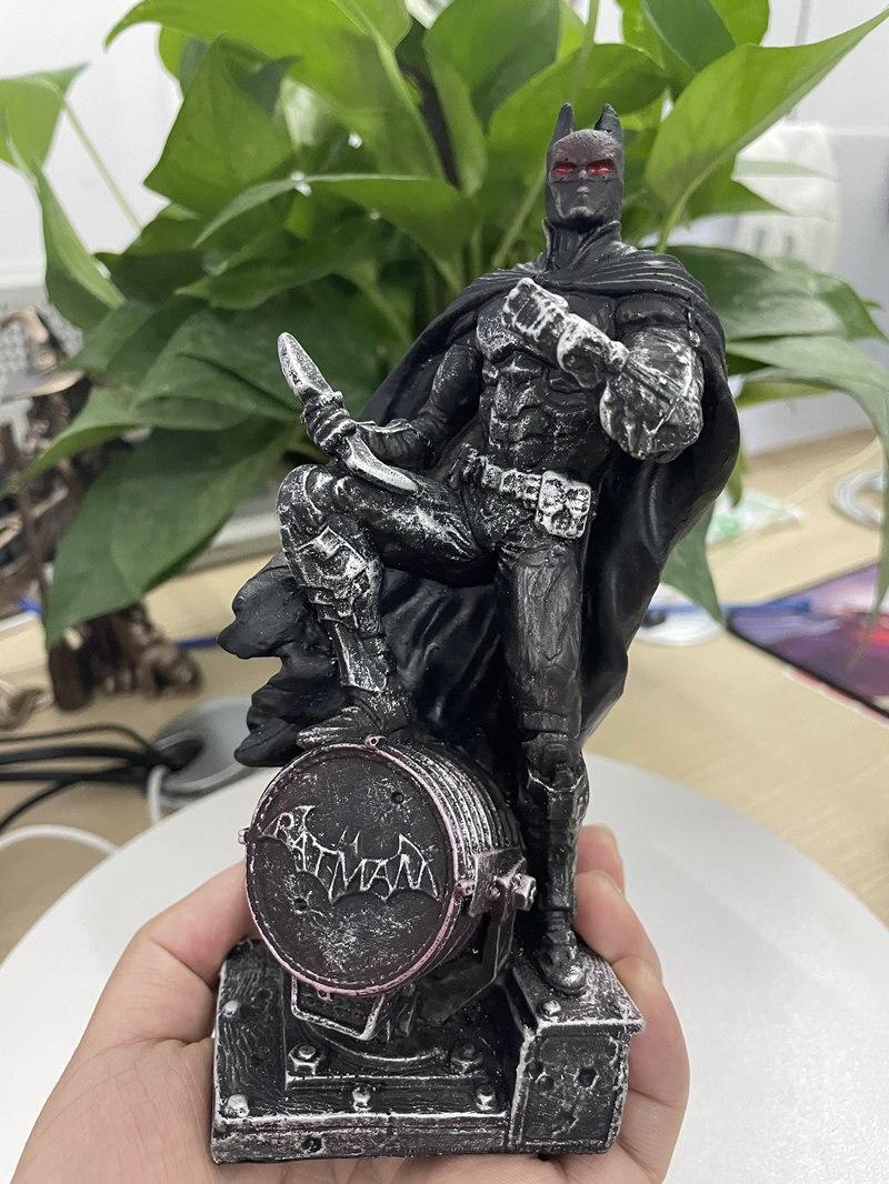 Статуэтка Персонаж Железный Человек Бэтмэн Логан Металлик - heaeaeb354f3e47b0a0504859f41475a6e