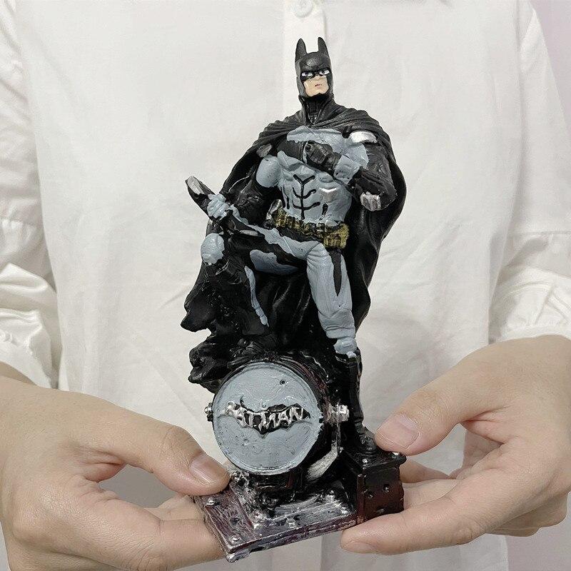 Статуэтка Бэтмен Летучая Мышь Подарочная ПВХ 17 СМ - h8d8f9ef6351b48e69d6bc06001808bf7w