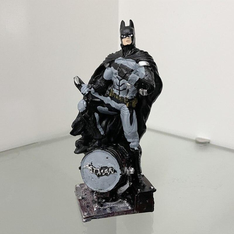 Статуэтка Бэтмен Летучая Мышь Подарочная ПВХ 17 СМ - he43ed1d776c848afb34fdcb9bc55bd3dg