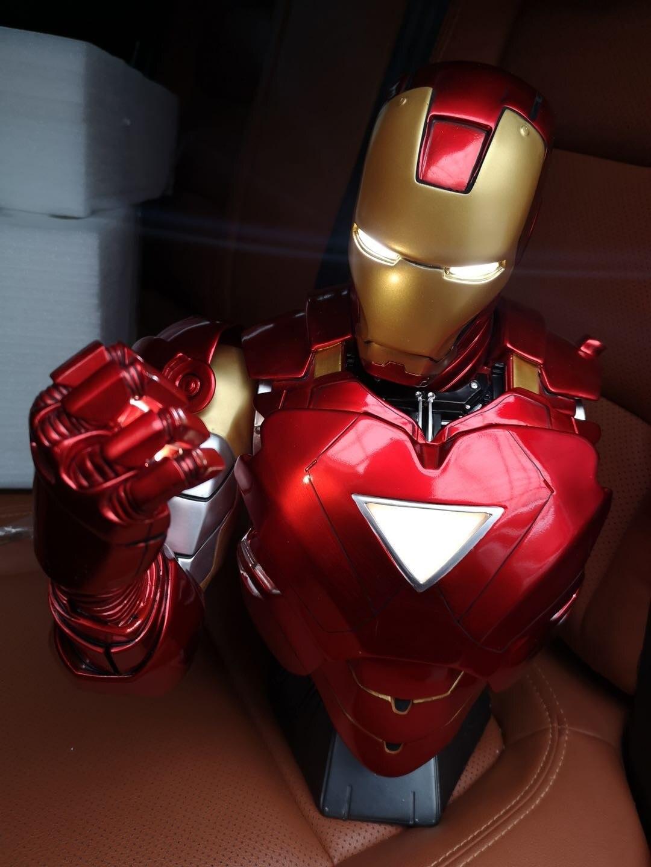 Бюст Железный Человек МК 6 Статуя Светодиодная Подсветка - hf7101427f02b4cad8513a64d748e6728z