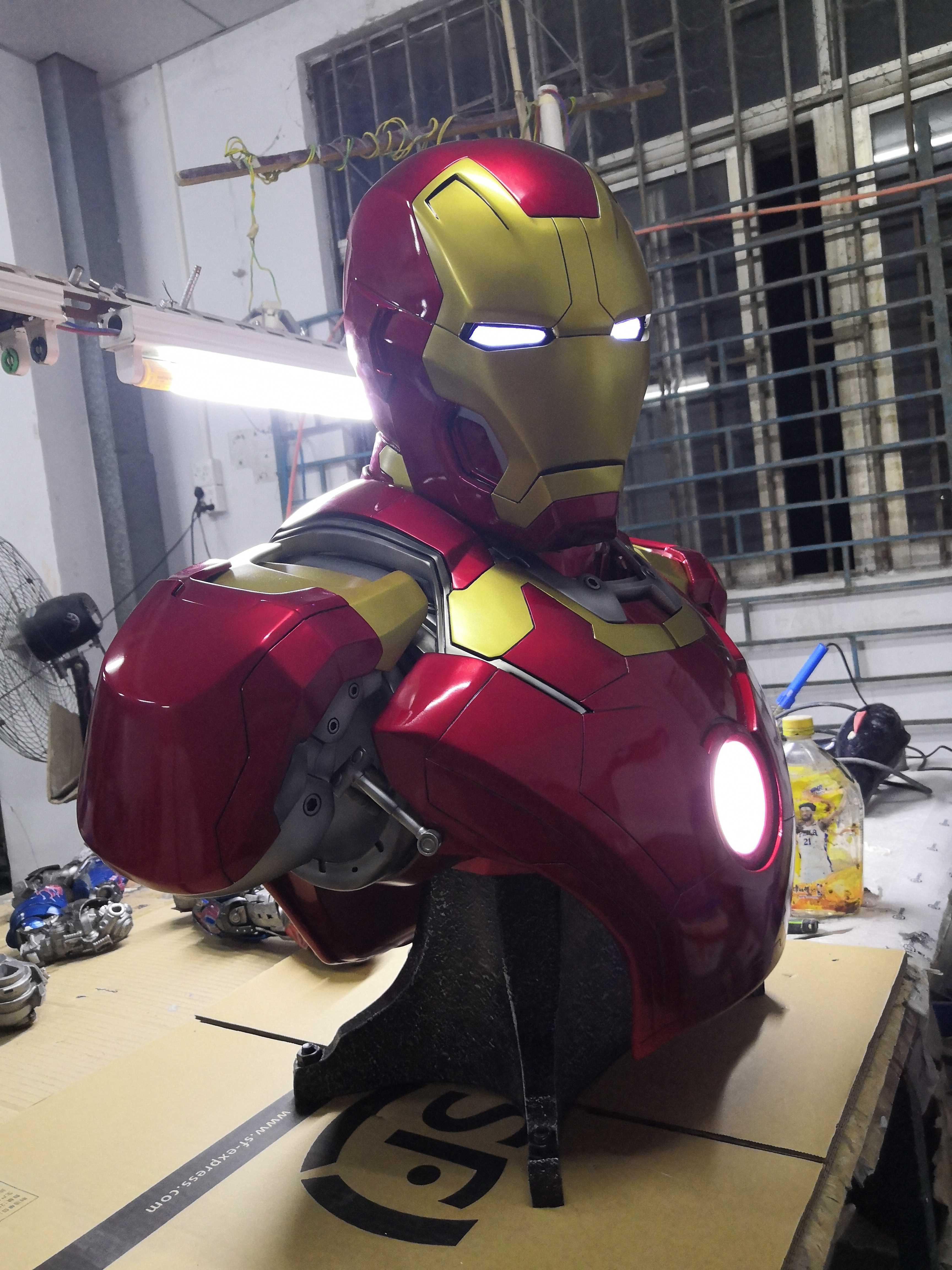 Бюст Железный Человек МК 43 Светильник - hfdd17b57269348848463cf14b8932683k